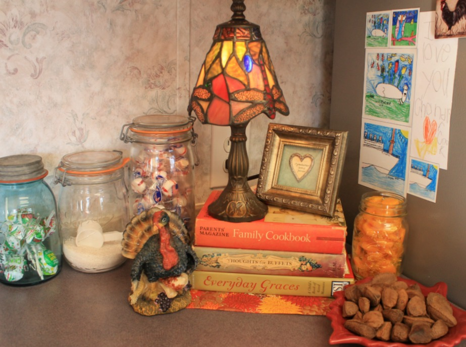 Adventures In Decorating Our 2015 Fall Kitchen: My 2015 Fall Home Tour