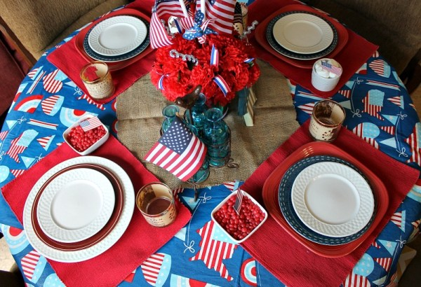 Simple Patriotic Tablescape. Use what you have to create a festive atmosphere. 10 Patriotic Table Decor Ideas. Patriotic Tablescape Ideas. How to set a Red, White and Blue Table. July 4th Tablescape Ideas. 4th of July Tablescape Ideas. #Patriotictable #redwhiteandbledecor #patrioticdecor