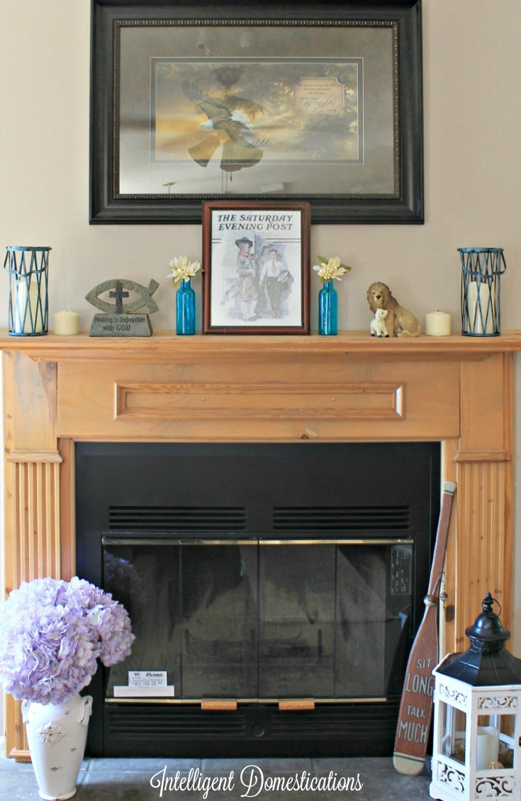 Bring summer indoors with Simple Summer Mantle Decor. 2016
