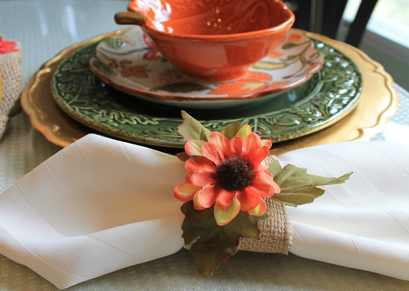 DIY Rustic Farmhouse Style Napkin rings are really easy to make with burlap ribbon, hot glue and silk flowers