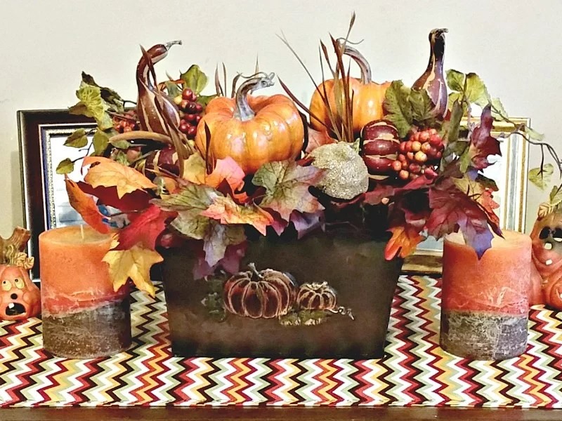 diy-fall-vignette-craft-projects-for-sewing-and-silk-floral-stylist-intelligentdomestications-com