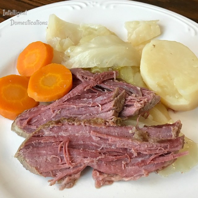 Crockpot Corned Beef and Cabbage with only six ingredients. Easy Corned Beef and Cabbage recipe