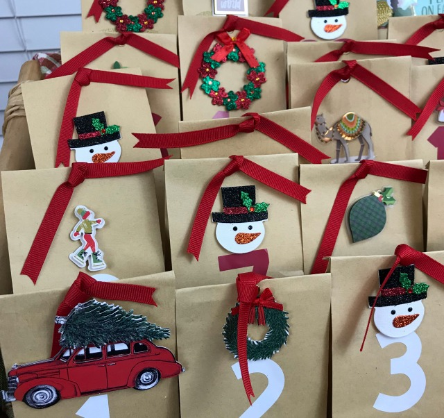 How to make a Paper Bag Christmas Countdown Calendar
