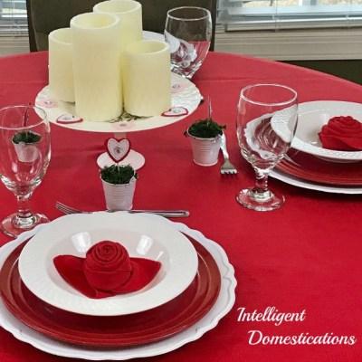 Valentine's Dinner Table Decor