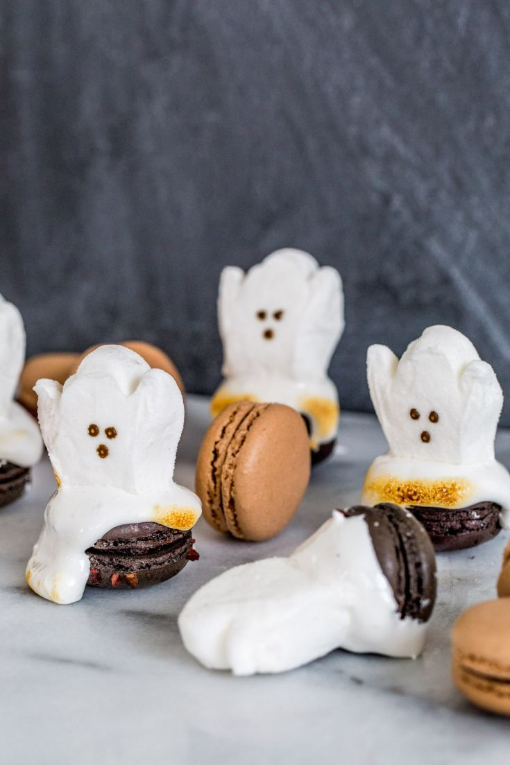 Easy Halloween Dessert: DIY Ghost Macarons