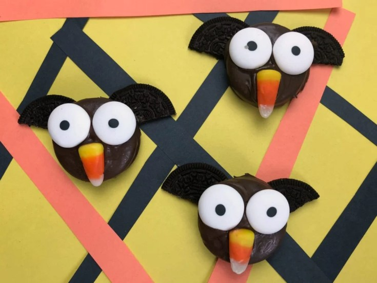 Oreo Bats - Easy Halloween Snack For Kids