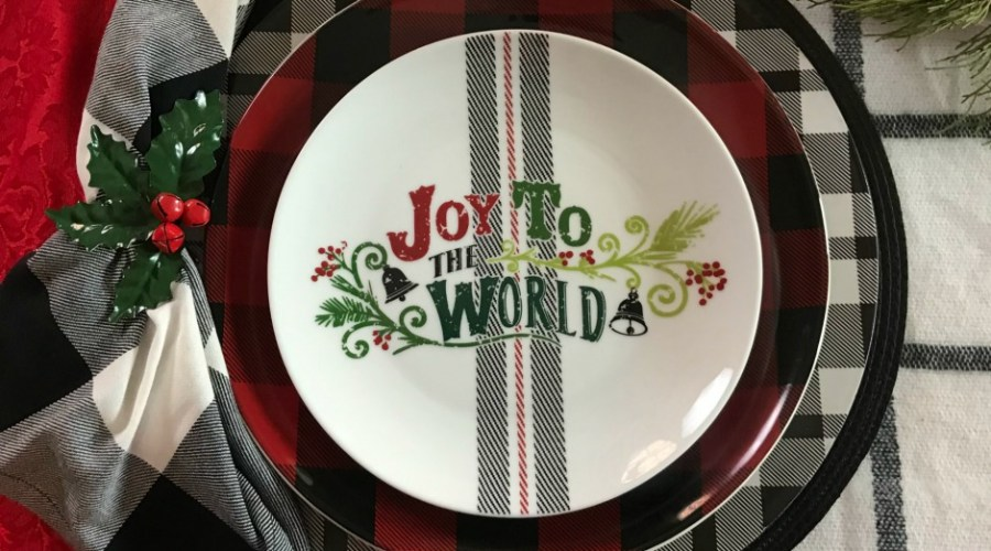 Red and Black Plaid Christmas Tablescape Decorations