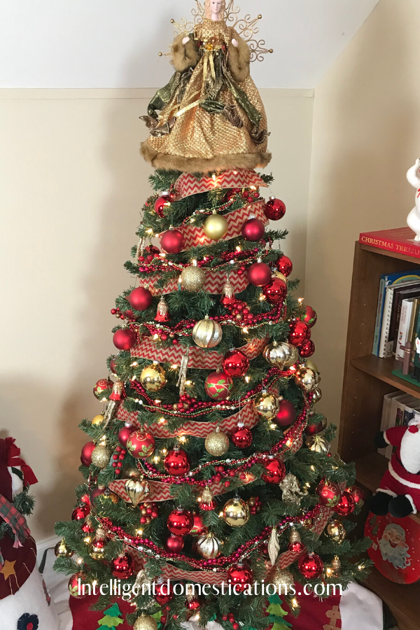 Traditional Red and Gold ornaments decorated Christmas Tree. I decided to make life simple to remind me of Christmas past when we only used glass balls to decorate our Christmas Tree.