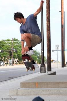 Skating on University Avenue © Andor (4)