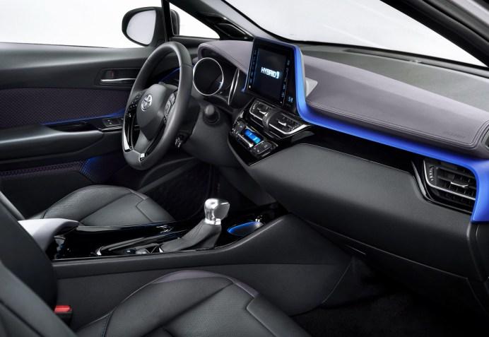 2017-Toyota-C-HR-8carscoops
