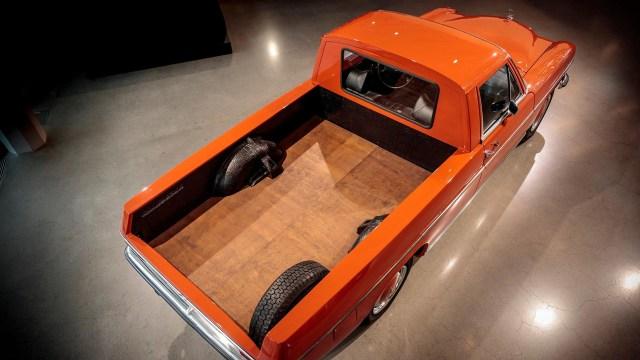 1972-mercedes-benz-220d-pickup-1