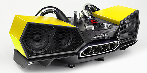 the_lamborghini_esavox_carbon_fibre_docking_station_600