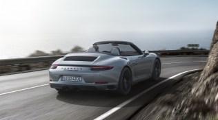2018-Porsche-911-GTS-5
