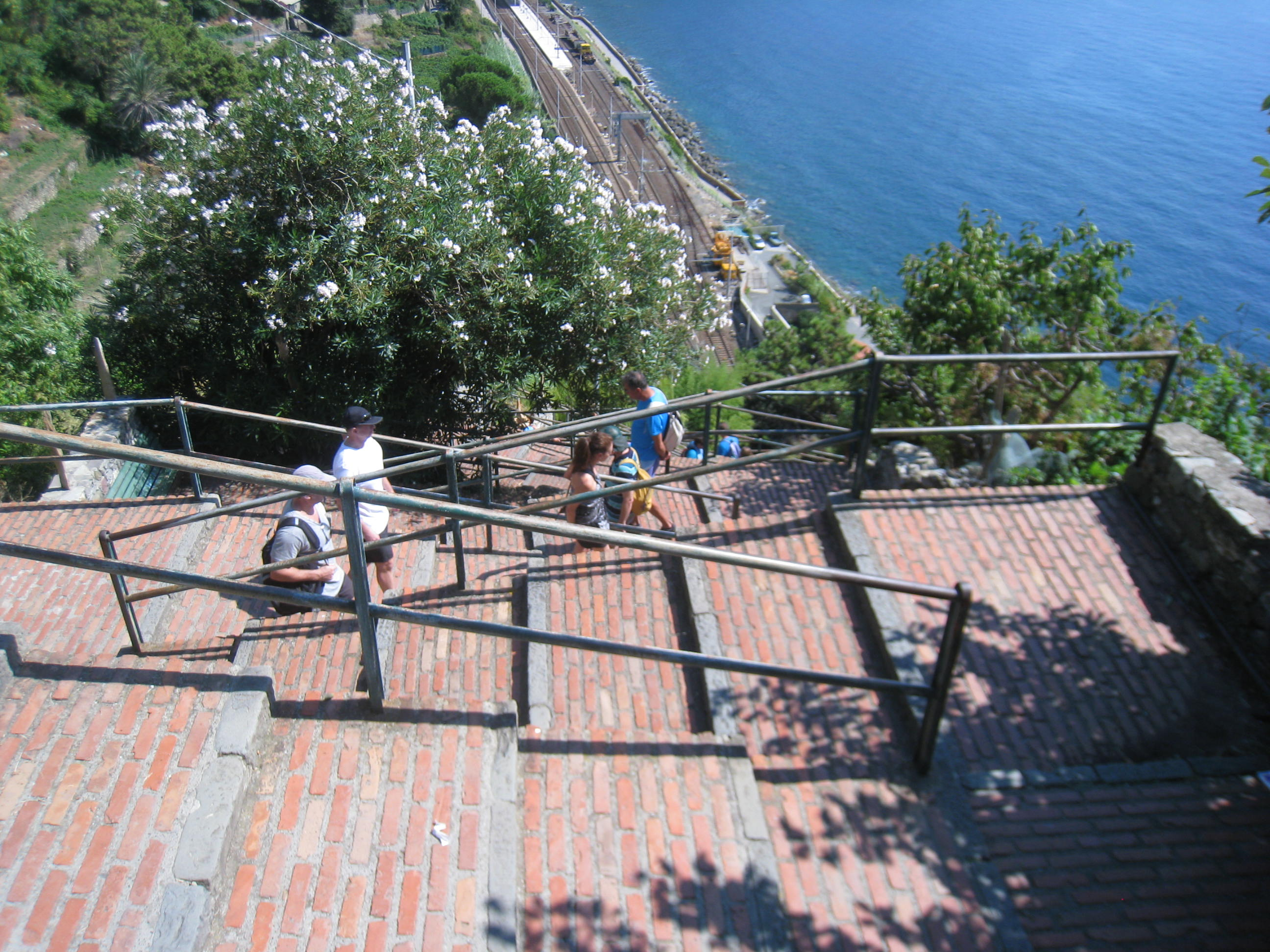 hike through Cinque Terre