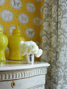 How to Decorate with yellow