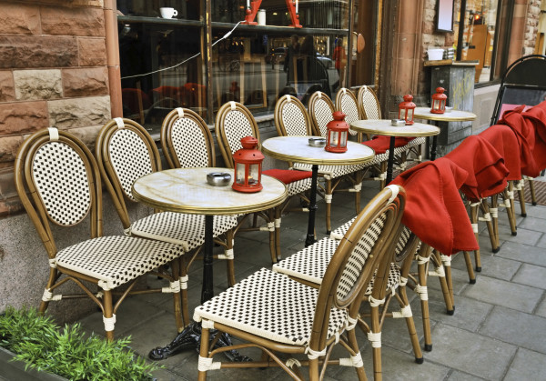 Outdoor Cafe, black and White plaids with red accents