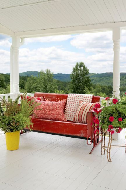 7 classic outdoor furniture paint colors