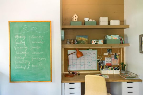 desk ideas, diy network ultimate retreat paint colors