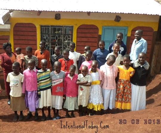 Image - Keumbu Kitchen Project update - Girls