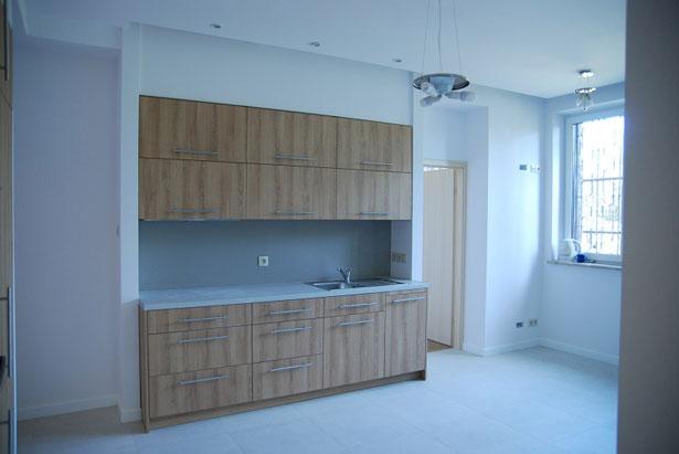 перенос кухни в зал фото мечтательным