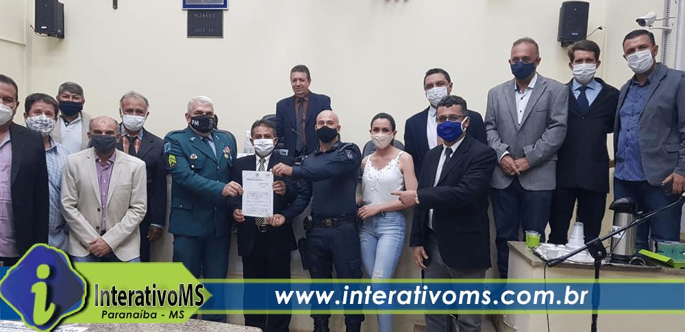 Policiais recebem homenagem na Câmara Municipal de Paranaíba