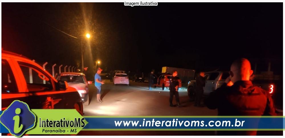 PM autua 20 por festinha clandestina perto do aeroporto de Paranaíba