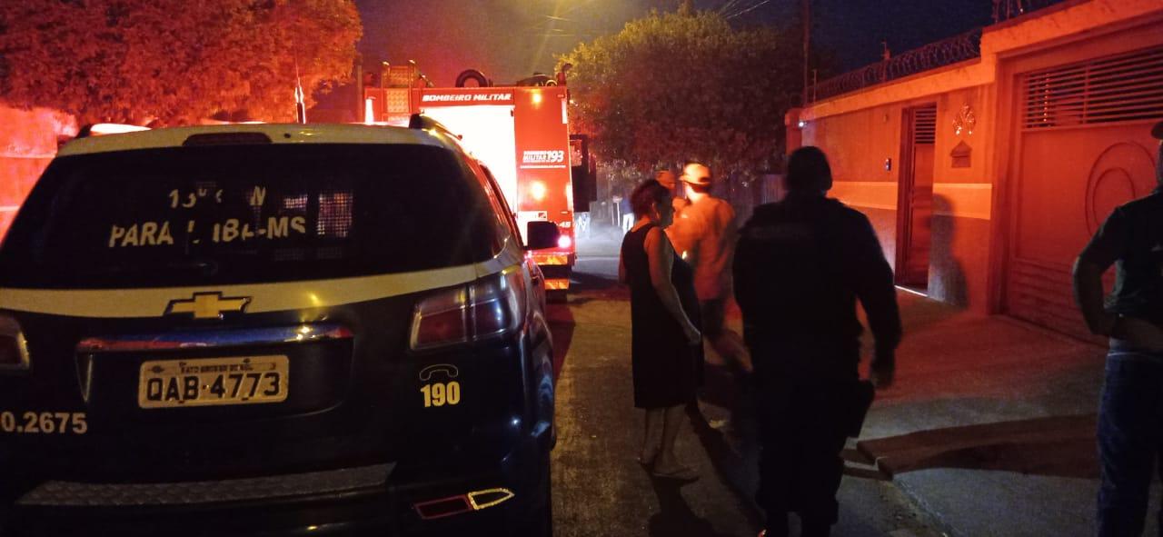 Polícia Militar prende homem por atear fogo em casa com a mãe dentro