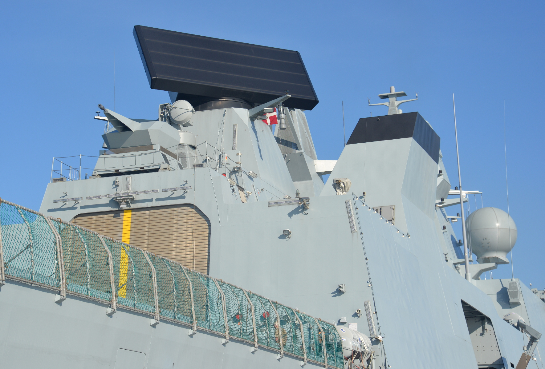 Closer view of the Smart-L radar. A Rheinmetall Oerlikon 35mm Millenium close-in weapon system is to be installed atop the hangar. The Swiss-manufactured weapon is in service with the Danish and Venezuelan navies.