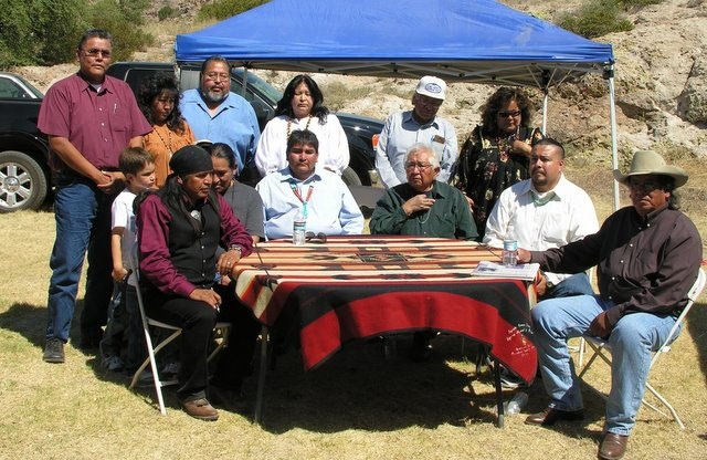 Six Tribal leaders of the Apache Nation gather at Oak Flat to sign an agreement to protect the land  c/o mining-law-reform.info/Index.htm