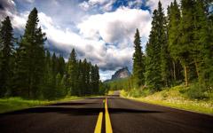 High-resolution desktop wallpaper Route to Castle Mountain by Macindows