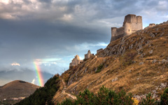 High-resolution desktop wallpaper Rainbow and the Castle by Giovanni Di Gregorio