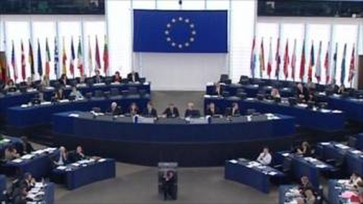 European Parliament publishes statement on increased tensions over Russia's military build-up in eastern Ukraine