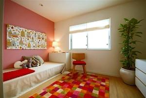 色合いを揃えて統一感のあるお部屋