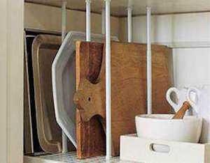 <つっぱり棒を使った台所の収納4