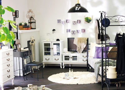 ヴィンテージ感のある女性の一人暮らしの部屋