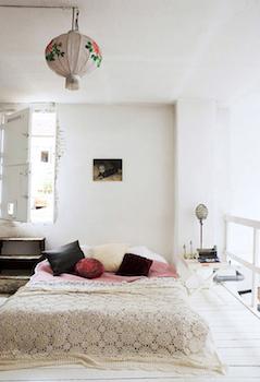 おしゃれな寝室のインテリアのコーディネート画像12