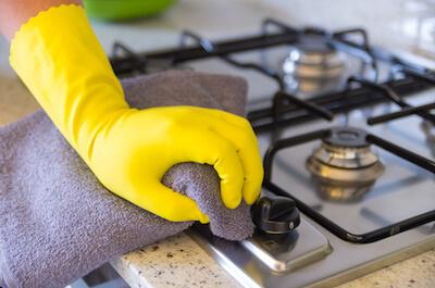 重曹の掃除方法1:油汚れを重曹でお掃除