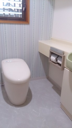 タンクレストイレに取替工事 (京都市山科区)