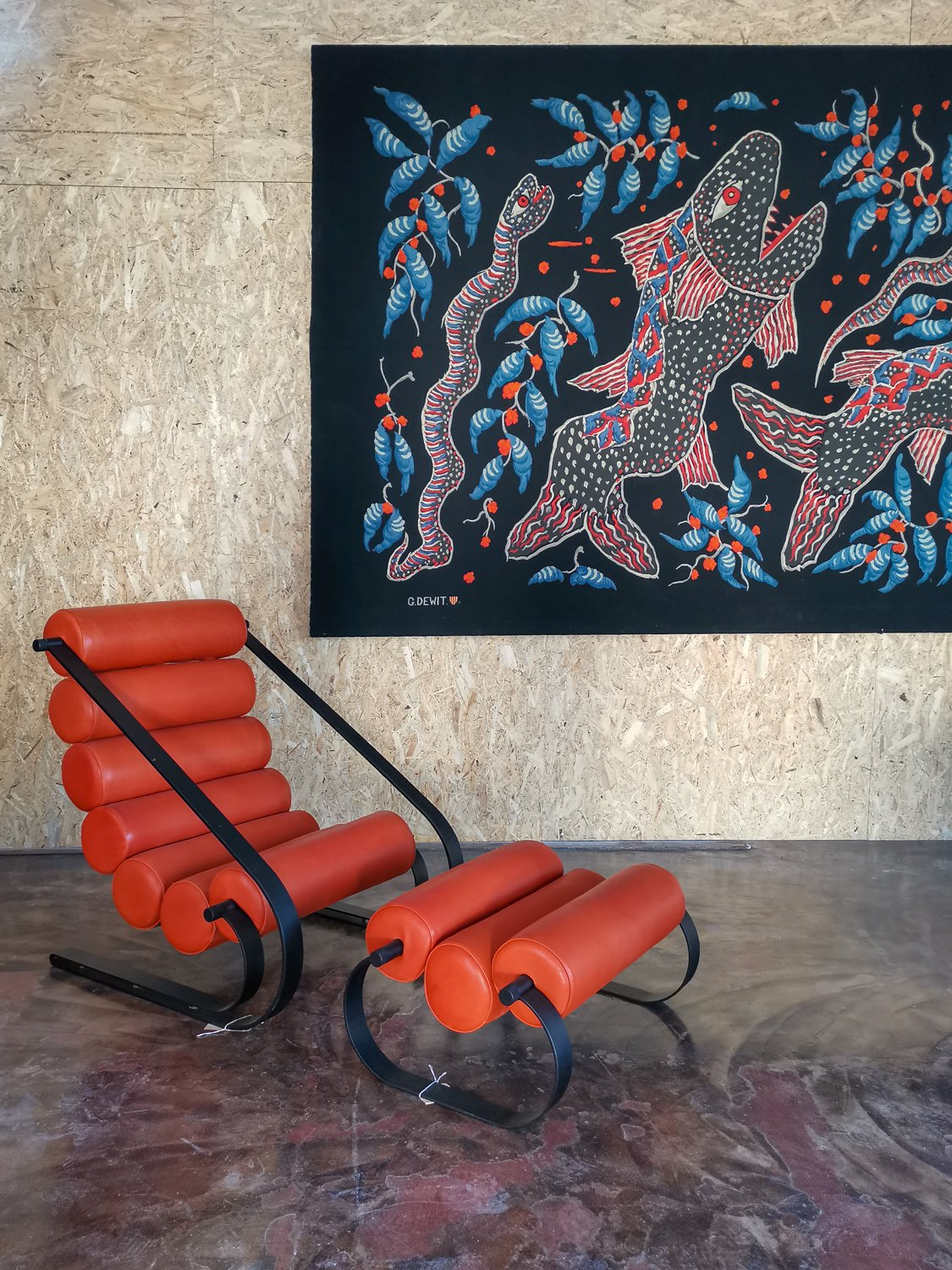 Leather chair and tapestry at Morentz
