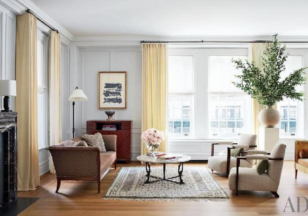gaya interior transisional pada ruang keluarga