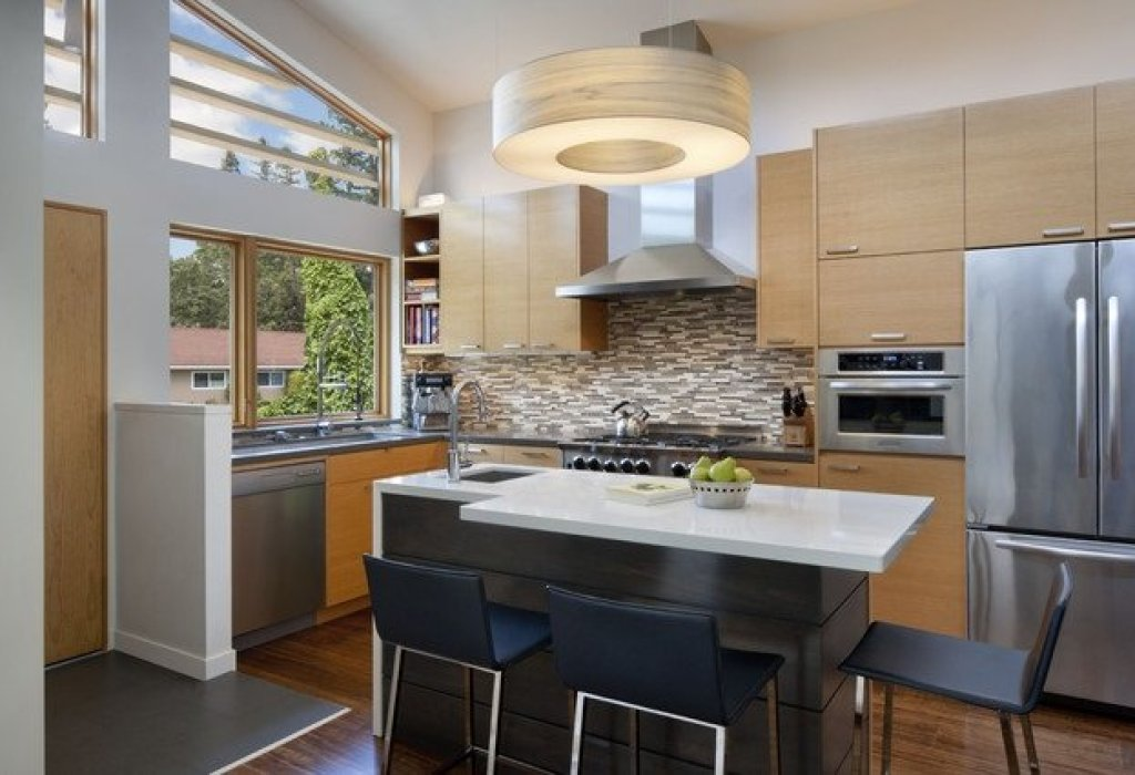 interior dapur dengan kitchen island
