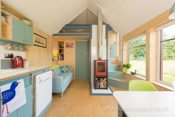 Desain rumah kecil yang fungsional; interior & Desain Rumah Kecil yang Fungsional Rumah Mungil dengan Rancangan ...
