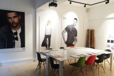 desain ruang rapat yang nyaman dan aksesibel