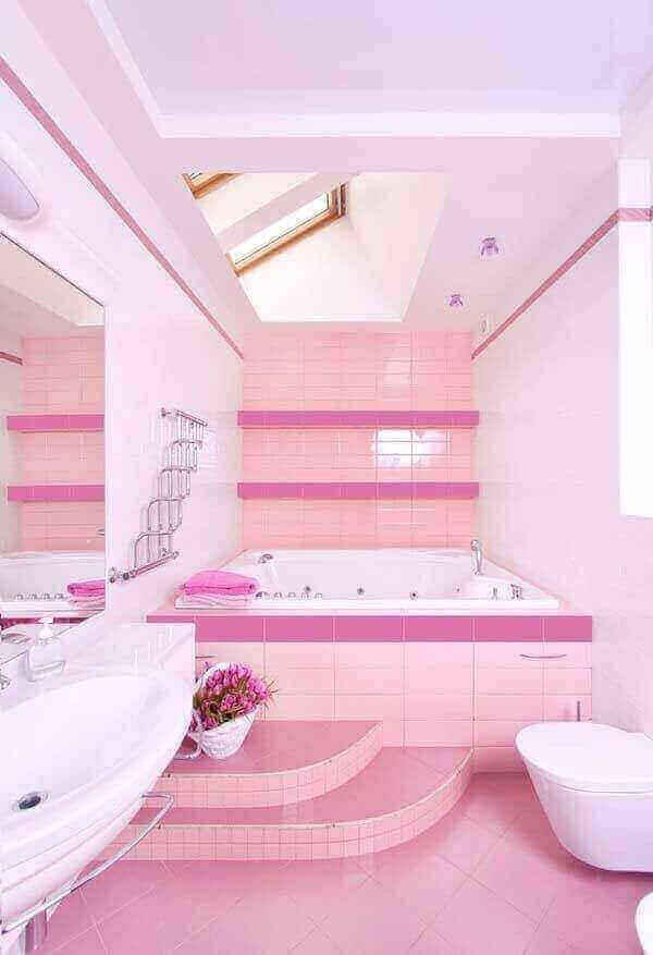 kamar mandi ala barbie