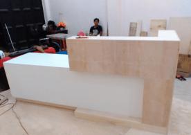 Meja Receptionist Salah Satu Kantor di Makassar