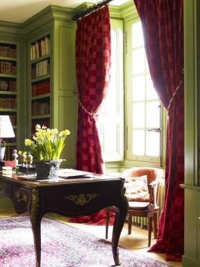 Library 12b (Timothy Corrigan)