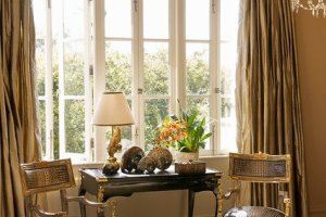 Gold Color Interior Designs For Your Homes