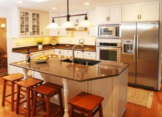 Lovely Kitchen Design With Granite Countertops 3
