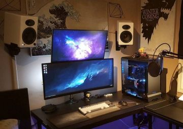 Gaming Desks ☼ Via Freetoplaymmorpgs #Gaming Room Setup #Quarto Gamer #Playstation Room #xbox Room
