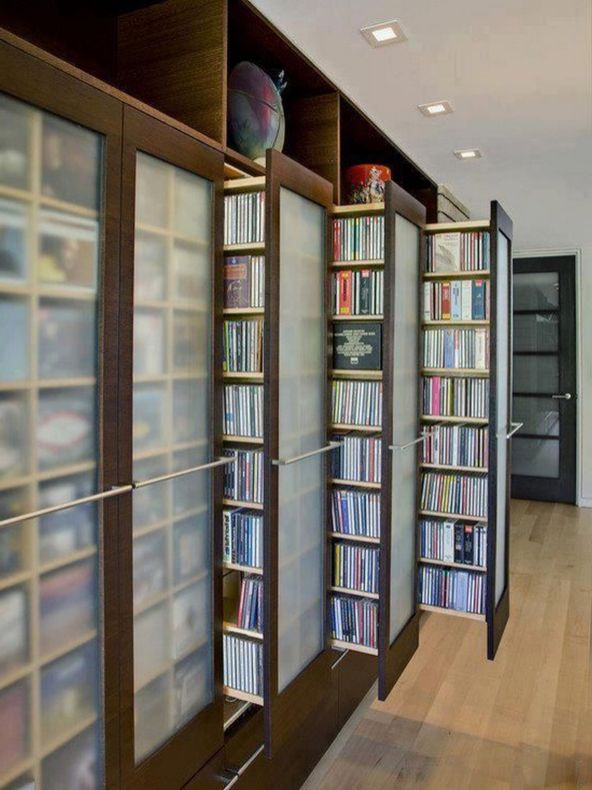 Ingenious Hideaway Storage Ideas For Small ⊶ Via Homedit #BookshelfIdeas
